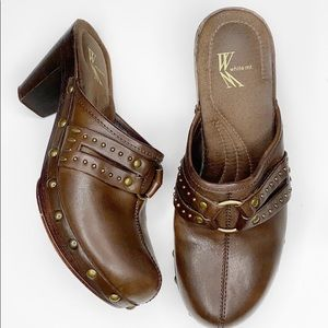 White Mt.Brown Leather Comfort ClogsMules
